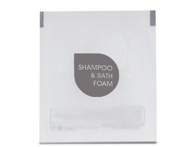 KN01.SD.EAS Shampoo doccia bianco opaco in bustina termosaldata satinata10 ml. Dim.: 7 x 8 cm.