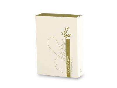 Set cosmetico in astuccio di cartone con cassetto scorrevole, plastificazione opaca. Dim.: l 55 x p 20 x h 75 mm.
