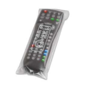 Bustina porta telcomando generica, in acetato trasparente satinato Apri&chiudi. Dim. 9x24cm 1CF=500pz